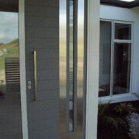 Horizontal Paint Grade with Stainless Face