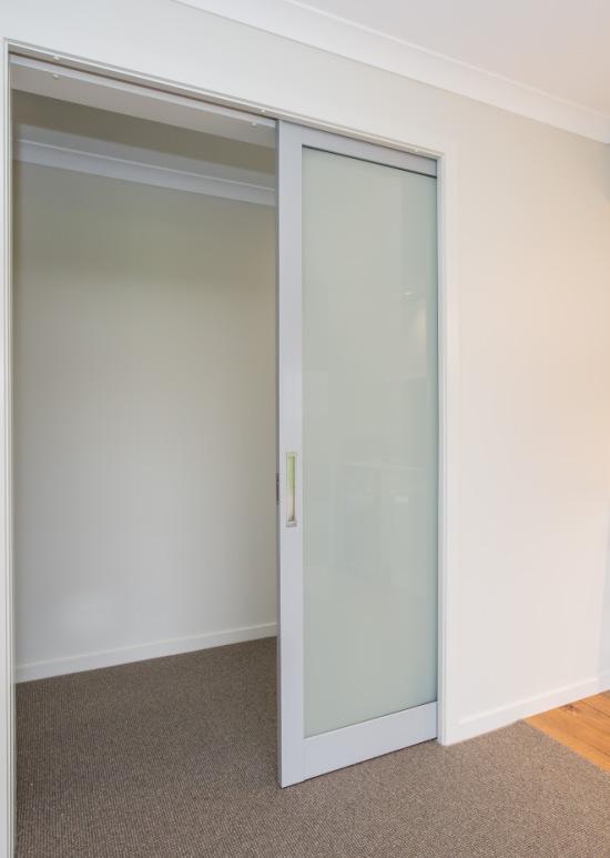 Cavity With Aluminium Door