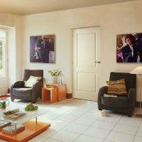 2 Panel Woodgrain Lounge Room_v2